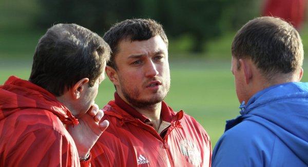 Врач сборной России ответил на обвинение в использовании нашатыря в качестве допинга