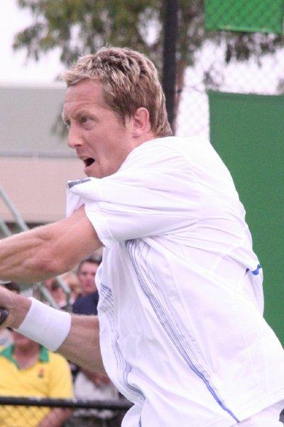 «Травмированный» теннисист на Уимблдоне изобразил «страдания Неймара»
